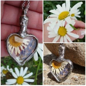 Daisy and Lavender Heart Pendant Necklace.
